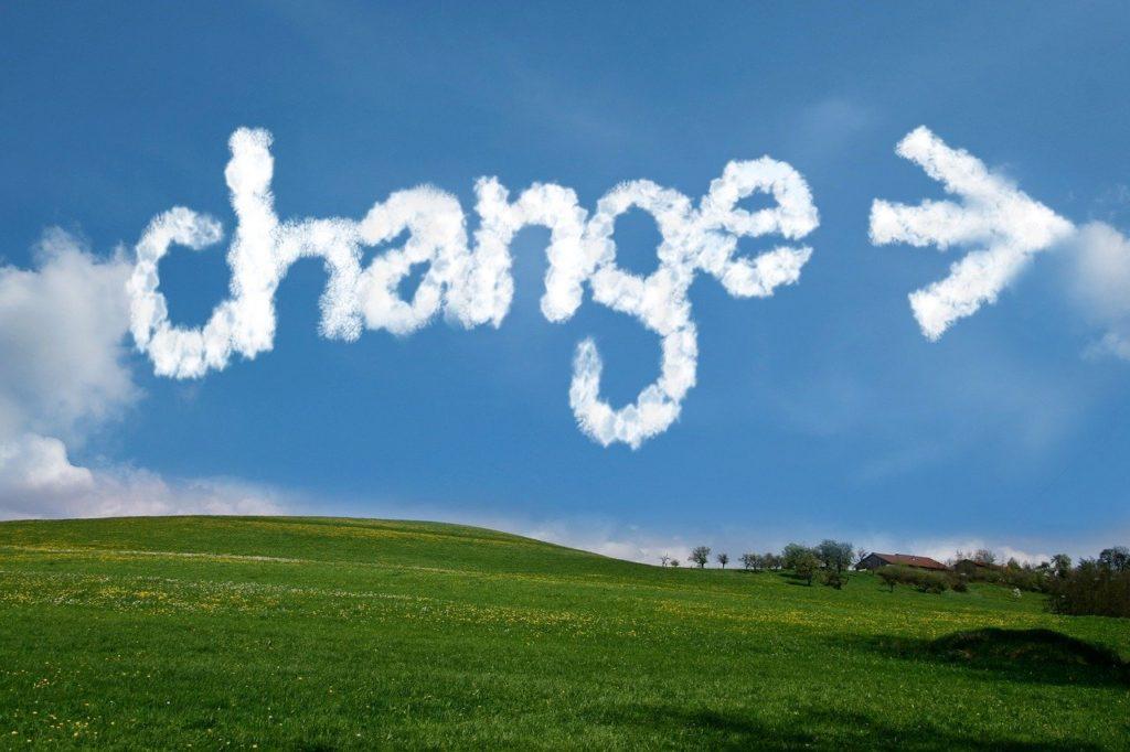 スマホ決済の再編で何が変わるのか