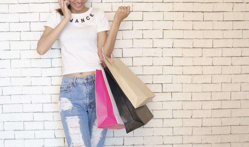 メルカリで欲しい物を実質無料で買う方法とは?