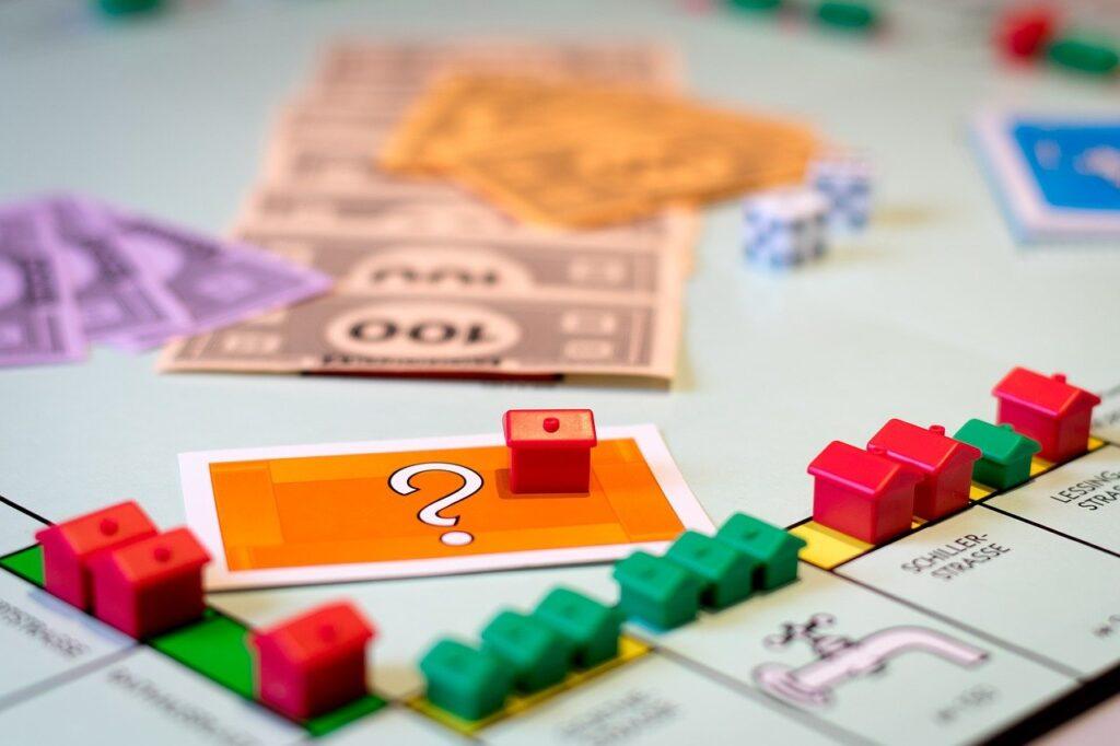 住宅ローンは繰上げ返済すべきか